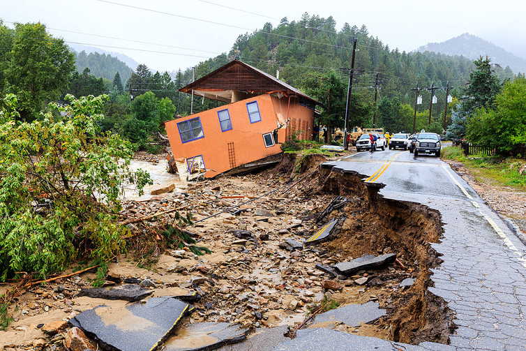 Damage from floods in Boulder County, Colorado, September 2013. Photo by Steve Zumwalt/FEMA