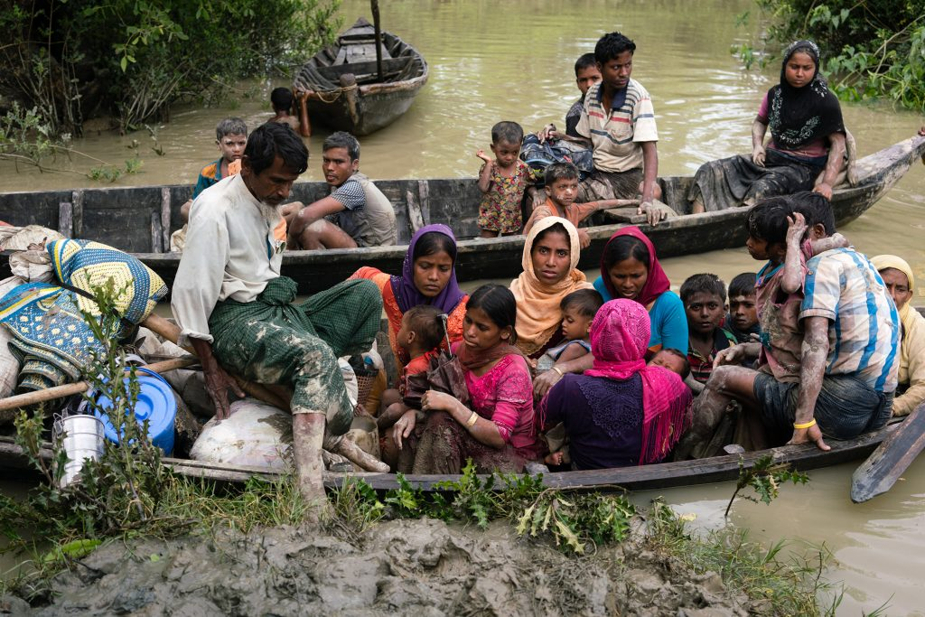 Photo of Rohingya refugees making their way to Bangladesh by Phil Caller