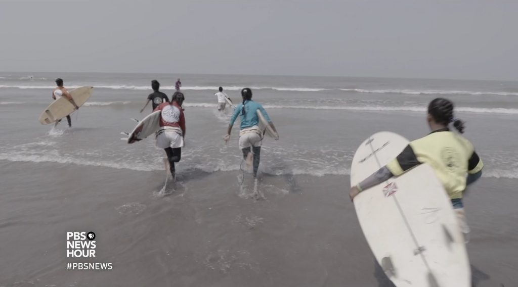 Bangladesh S Surfer Girls Make Waves