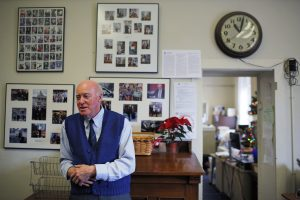 New Hampshire Secretary of State Bill Gardner answers a question in his office at the State House in Concord, New Hampshire December 17, 2014. As New Hampshire braces for another wave of White House hopefuls next year seeking votes in the first-in-the-nation nominating primary, much of the credit for the state's hold on that position goes to one man: Secretary of State William Gardner. Picture taken December 17, 2014. To match Feature USA-POLITICS/NEWHAMPSHIRE REUTERS/Brian Snyder (UNITED STATES - Tags: POLITICS) - GM1EACJ174M01