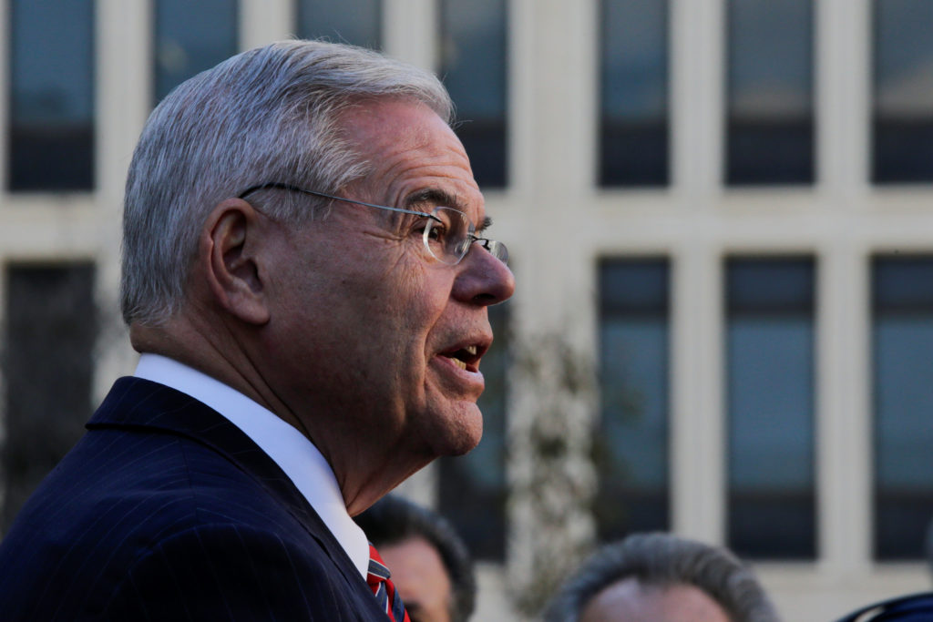 U.S. Senator Robert Menendez (D-NJ) speaks to media as he departs the United States Court after his corruption trial ended in a mistrial in Newark, New Jersey, U.S., November 16, 2017. REUTERS/Eduardo Munoz - RC123F54CCC0