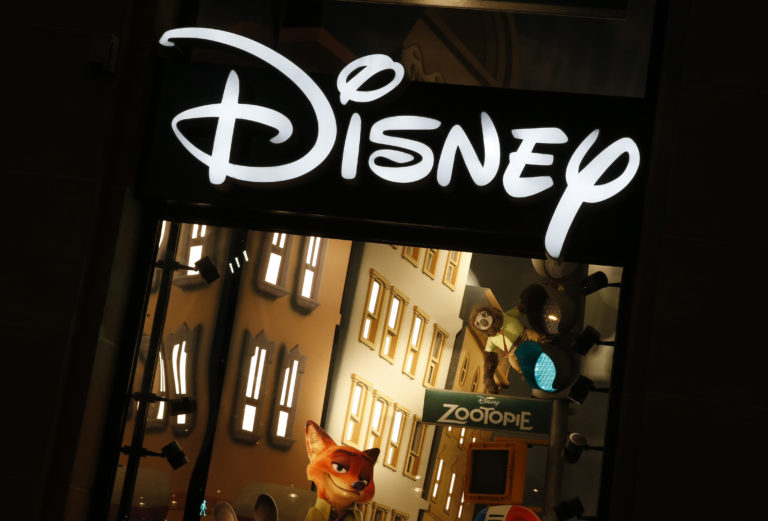 The logo of the Disney store on the Champs Elysee is seen in Paris, France, March 3, 2016. REUTERS/Jacky Naegelen - D1AESQOUSVAA