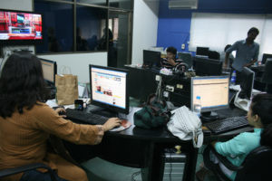 The online newsroom of Dawn newspaper in Karachi. Photo by Larisa Epatko/PBS NewsHour