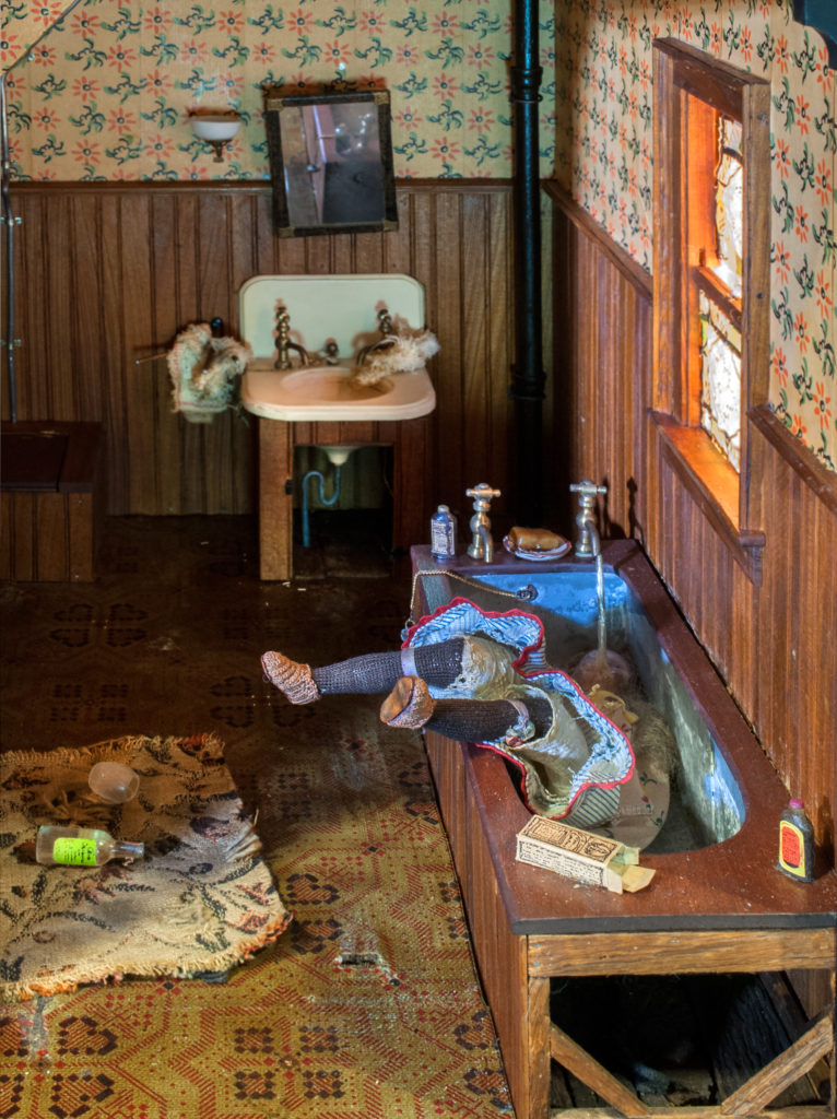 PHOTOS: These gruesome dollhouse death scenes reinvented murder