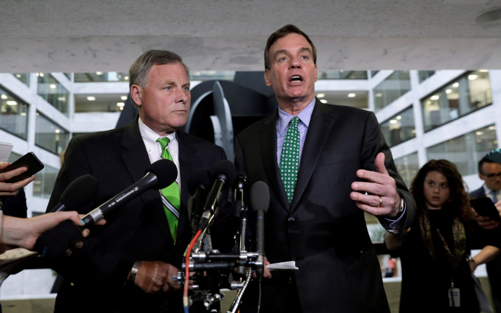 Senate Intelligence Committee Chairman Richard Burr (L) and ranking member Senator Mark Warner (R) speak about former White House national security adviser Michael Flynn following a Senate Select Committee on Intelligence briefing on Capitol Hill in Washington, U.S., May 23, 2017. REUTERS/Kevin Lamarque - RC18533CA360