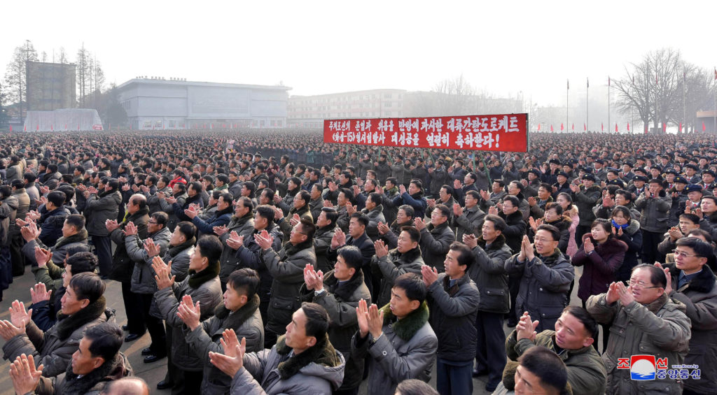 News Wrap: US, South Korea begin days of war games