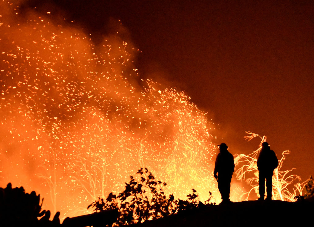 Thomas fire becomes the largest in california s history for Facts about house fires
