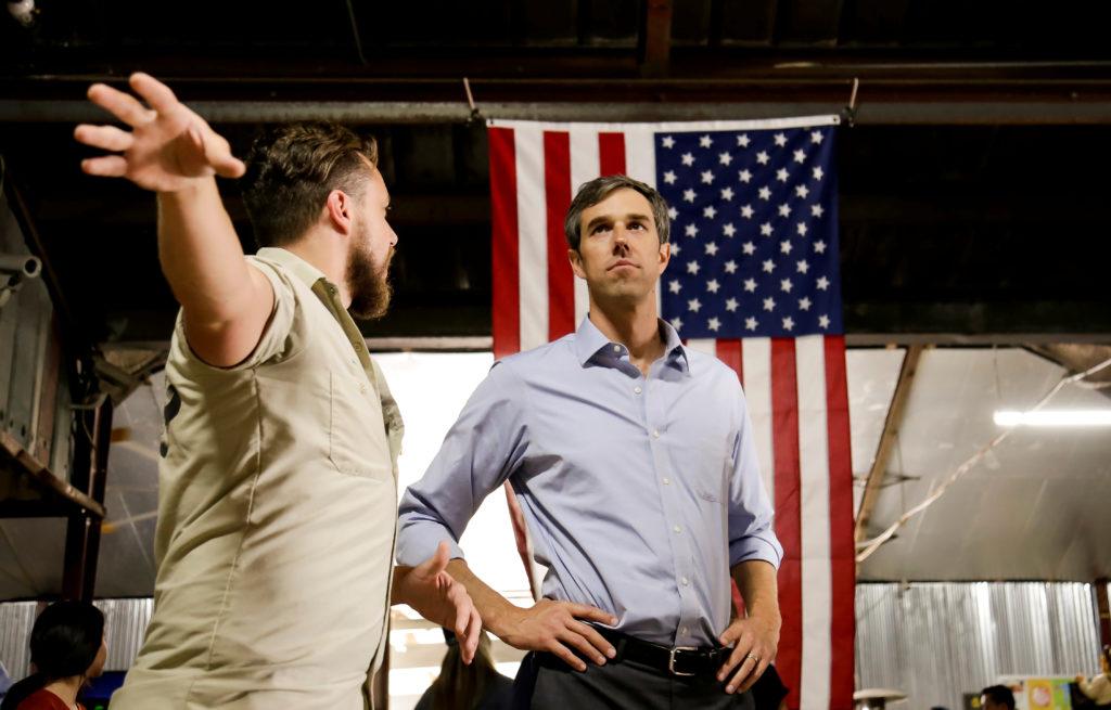 U.S. Representative Beto O'Rourke (D-TX) campaigns in Houston, Texas U.S. November 11, 2017. REUTERS/William Philpott - RC...