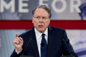 NRA Executive Vice President and CEO Wayne LaPierre speaks at the Conservative Political Action Conference (CPAC) at National Harbor, Maryland, U.S., February 22, 2018. REUTERS/Kevin Lamarque - RC1D35C7C570