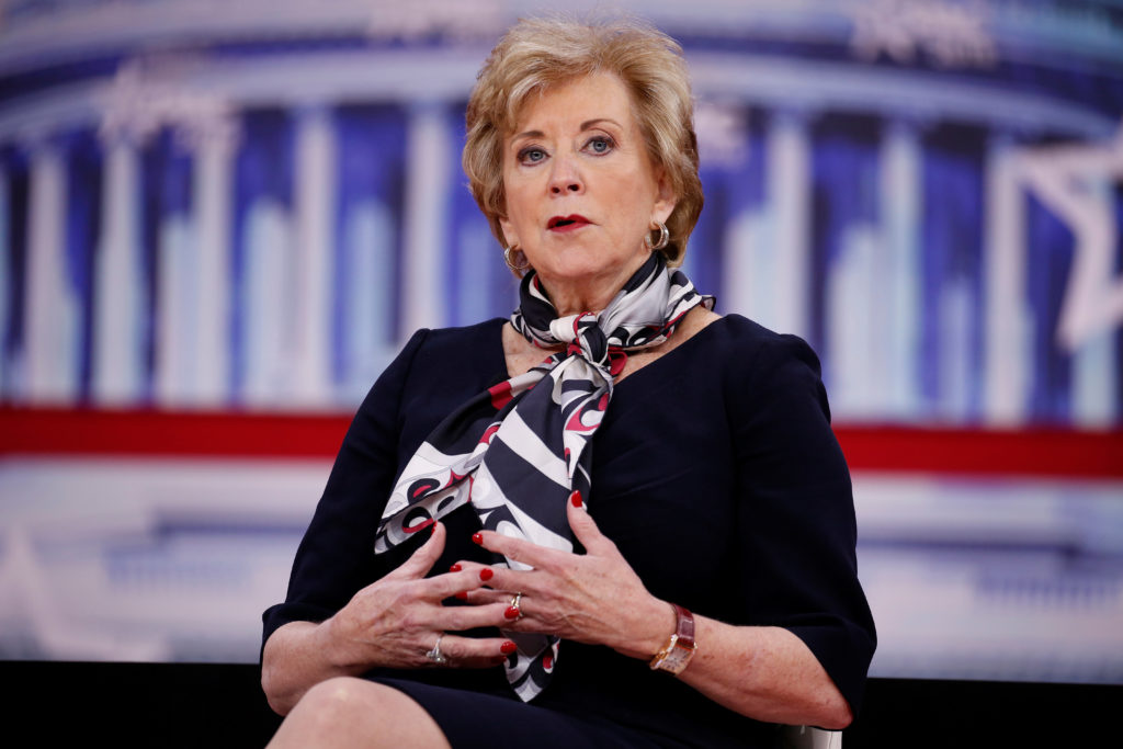 Administrator of the Small Business Administration Linda McMahon speaks at the Conservative Political Action Conference (CPAC) at National Harbour, Maryland, U.S., February 23, 2018. REUTERS/Joshua Roberts - RC12C49E7400