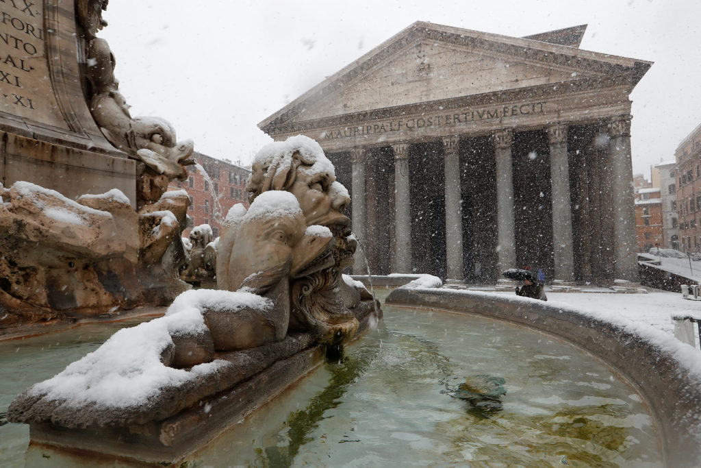 The Pantheon in downtown Rome is covered in snow on Feb. 26. Photo by Remo Casilli/Reuters