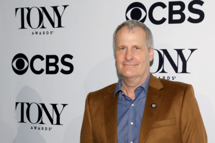 Actor Jeff Daniels arrives for the 2016 Tony Awards Meet The Nominees Press Reception in Manhattan, New York, U.S., May 4, 2016. REUTERS/Andrew Kelly - D1AETCDQLGAA