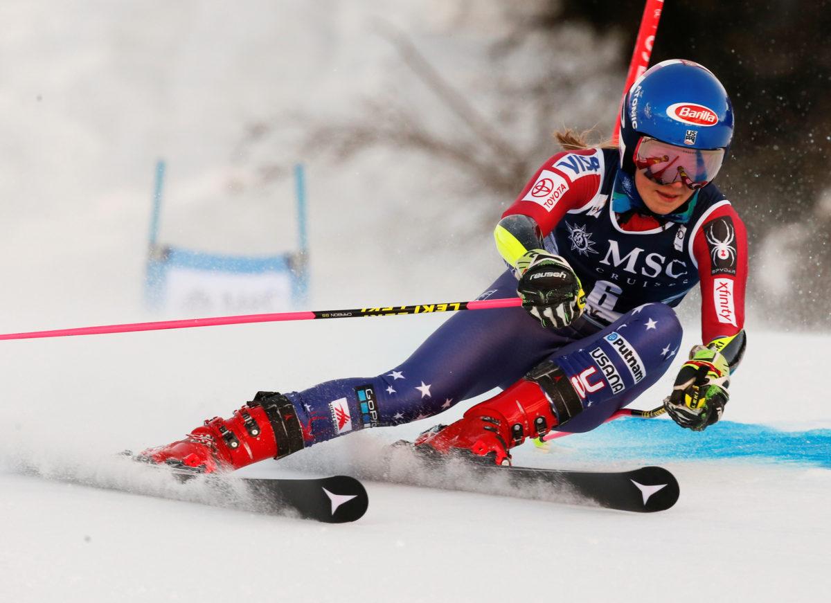 Skiing - Alpine Skiing World Cup - Ladies' Giant Slalom - Lenzerheide, Switzerland - January 27, 2018. Mikaela Shiffrin of the U.S. in action. REUTERS/Stefano Rellandini - RC1F366D9630