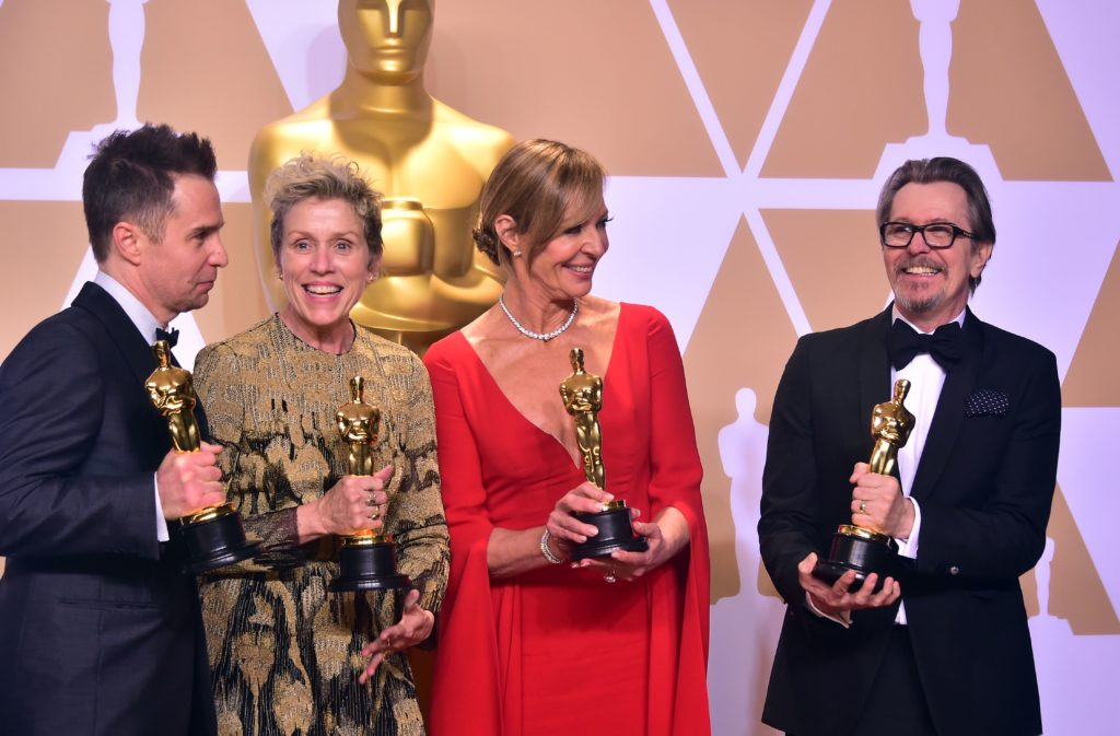 (L-R) Actors Sam Rockwell, Frances McDormand, Allison Janney, and Gary Oldman, pose in the press room with their Oscars for best supporting actor, best actress, best supporting actress, and best actor, during the 90th Annual Academy Awards on March 4, 2018, in Hollywood, California. / AFP PHOTO / FREDERIC J. BROWN (Photo credit should read FREDERIC J. BROWN/AFP/Getty Images)