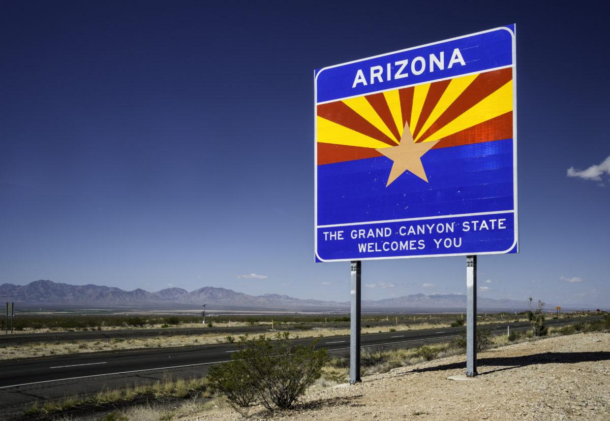 Arizona border welcome sign on Interstate-10 Highway, Chihuahuan Desert, Arizona, USA.