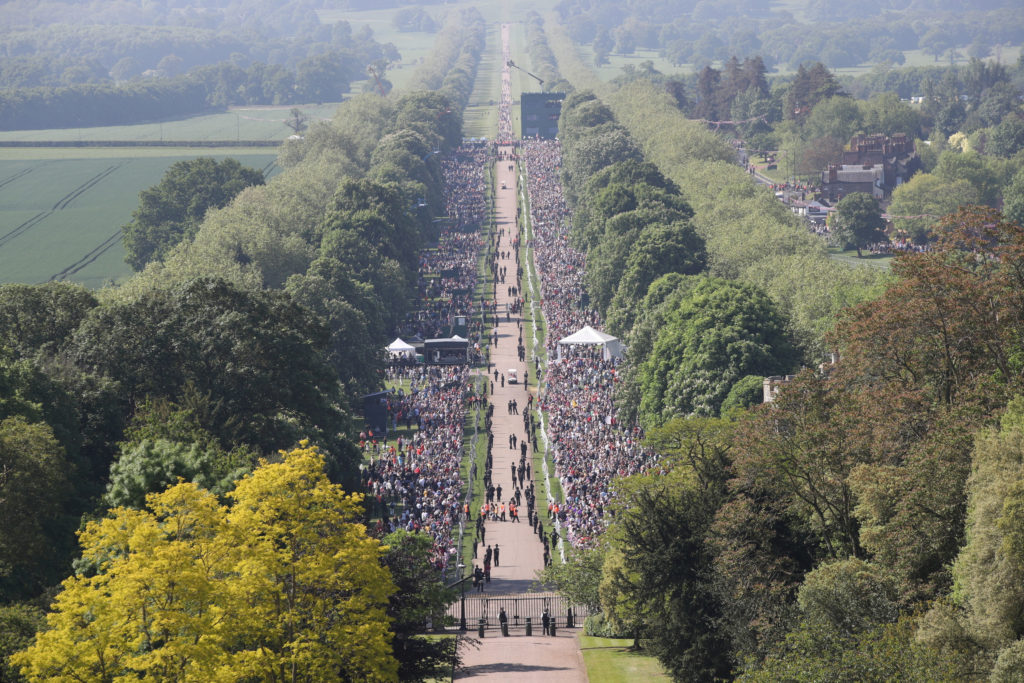 Tens of thousands of people lined the Long Walk that leads to Windsor Castle. Photo by Yui Mok/Pool via Reuters