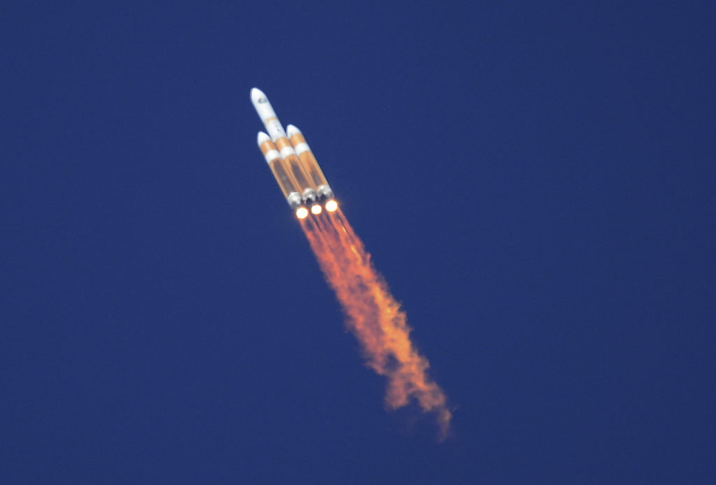 An unmanned Delta 4 Heavy rocket lifts off from Vandenberg Air Force Base in California August 28, 2013. The rocket put a classified satellite into orbit for the National Reconnaissance Office. Photo by REUTERS/Gene Blevins