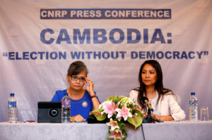 Vice President of the Cambodia National Rescue Party (CNRP), Mu Sochua (L) and CNRP's Deputy Director for Foreign Affairs, Monovithya Kem (R), hold a press conference in Jakarta, Indonesia. Photo by Willy Kurniawan/Reuters