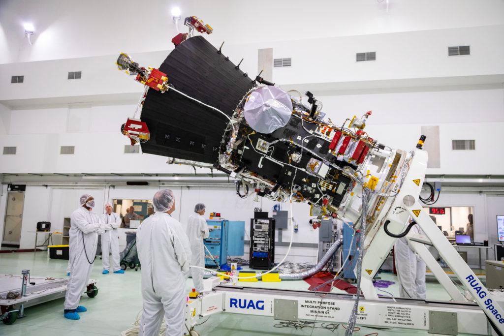 NASA's Parker Solar Probe will 'shake' hands with sun