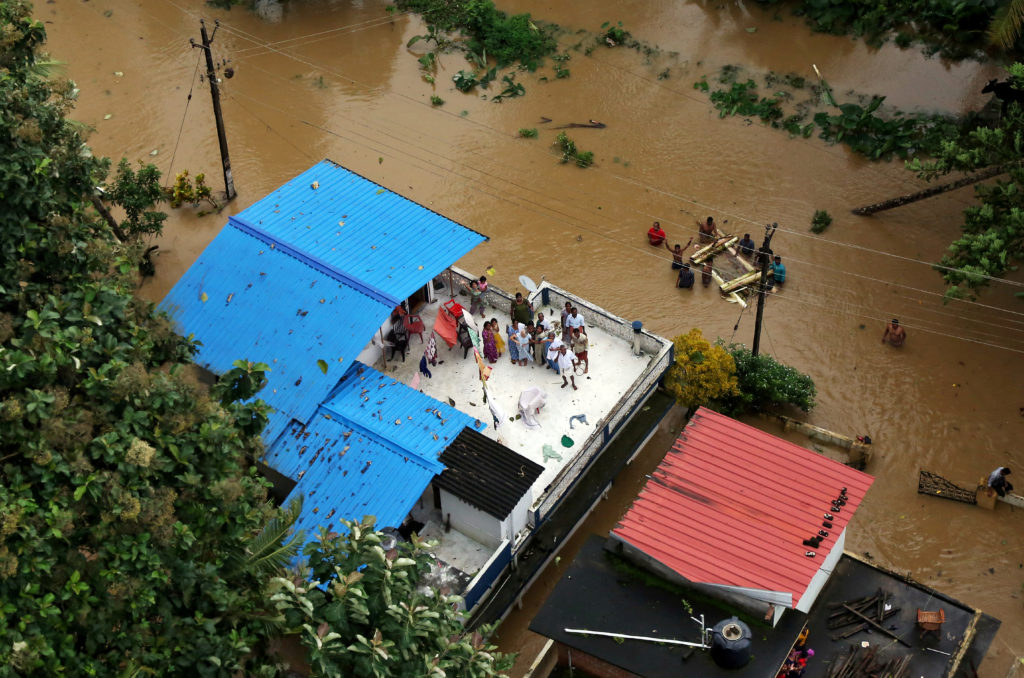 Flooding in southern Indian state kills more than 350, displaces 800,000