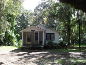 Penn Center, St. Helena Island, S.C. Gantt Cottage is where Rev. Dr. Martin Luther King Jr. stayed when in retreat at Penn Center. Photo via Flickr by Timothy Brown/(CC BY 2.0)