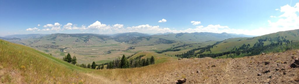Lamar Valley from Specimen Ridge. Credit: Nate Blakeslee