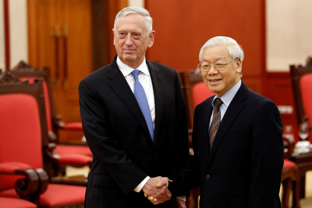 Mattis pushes closer ties to Vietnam amid tension with China