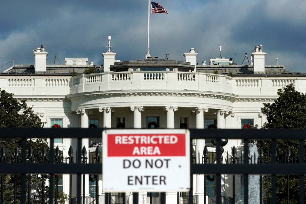 The White House is seen on the first day of a partial federal government shutdown in Washington, D.C. Photo by Yuri Gripas/Reuters