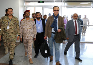 Retired Dutch General Patrick Cammaert (2nd R), who heads a United Nations advance team tasked with monitoring a ceasefire between the Iranian-aligned Houthi group and Saudi-backed government forces in Yemen's Hodeidah, walks upon his arrival in Aden, Yemen December 22, 2018. Photo by Fawaz Salman/Reuters