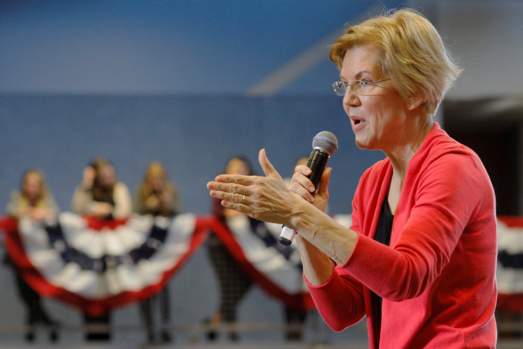 Potential 2020 Democratic presidential candidate U.S. Senator Elizabeth Warren (D-MA) speaks at an Organizing Event in Manchester, New Hampshire, U.S., January 12, 2019. REUTERS/Brian Snyder - RC1600328180