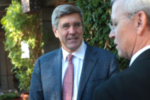 Stephen Moore speaks with attendees at a fundraiser for the ASU Center for Political Thought & Leadership at the Country Club at the DC Ranch in Scottsdale, Arizona. Photo by Gage Skidmore/Flickr