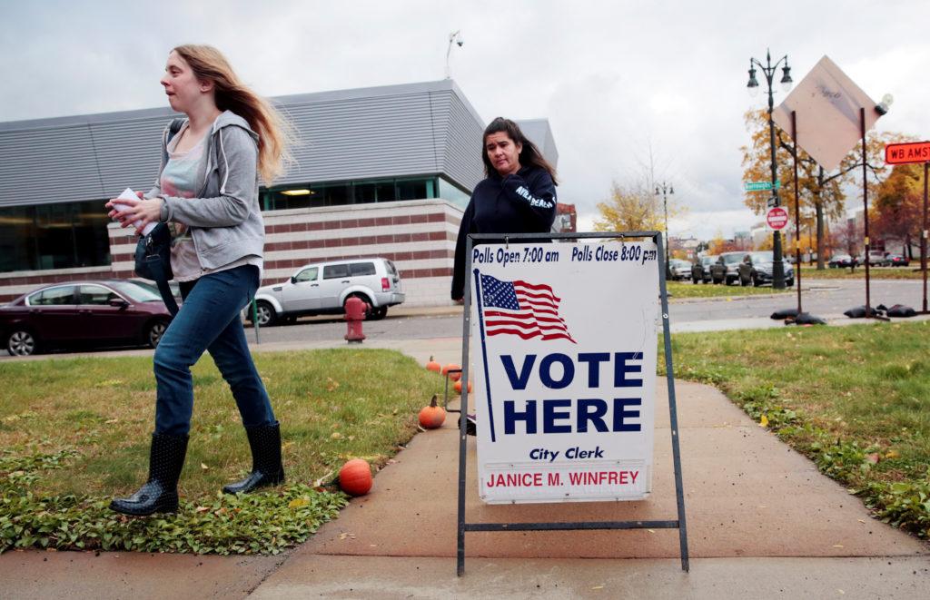 Judges order Michigan to redraw congressional and legislative maps
