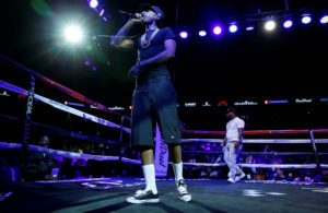 Rapper Nipsey Hussle performs before a boxing match between Andre Ward and Paul Smith at the Oracle Arena in Oakland, California, in 2015. Action Images via Andrew Couldridge/Reuters