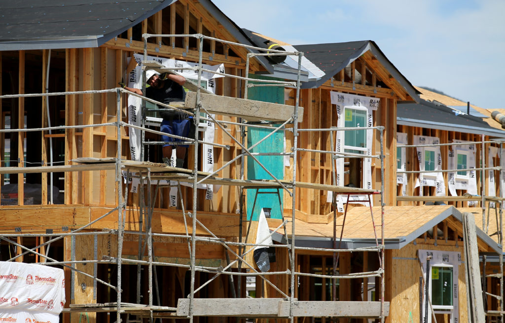 U.S. home construction slips 0.3% in March