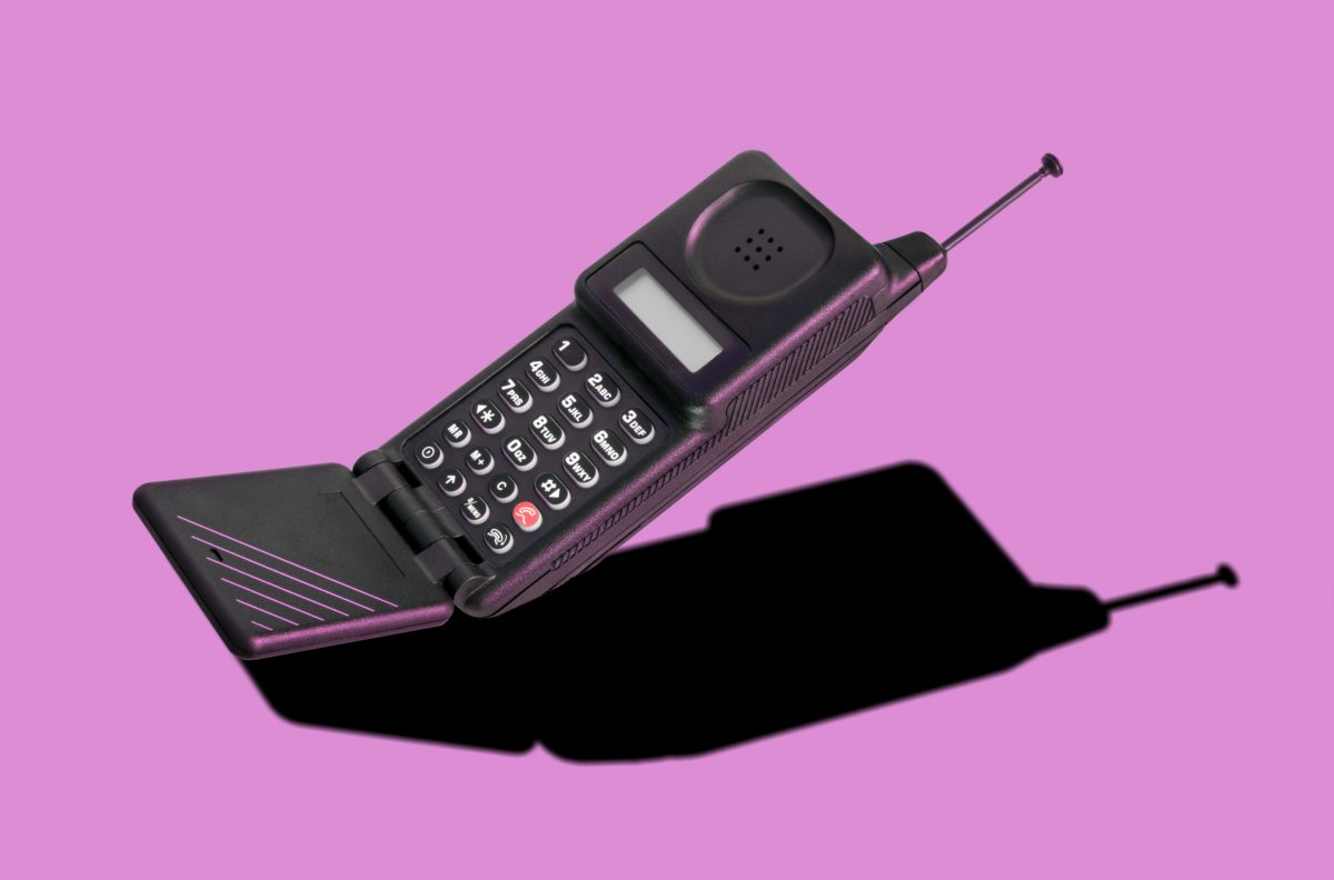 The Flip Phone Is Back Have People Had Enough Of Constant Connection Pbs Newshour