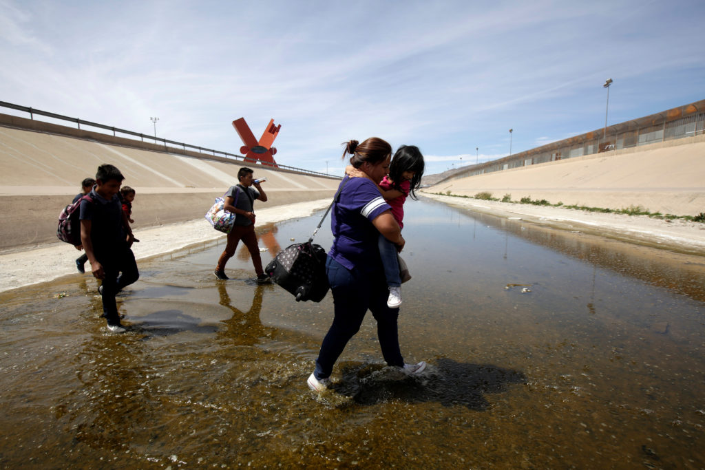 More than 100,000 migrants encountered at US  southern border in March