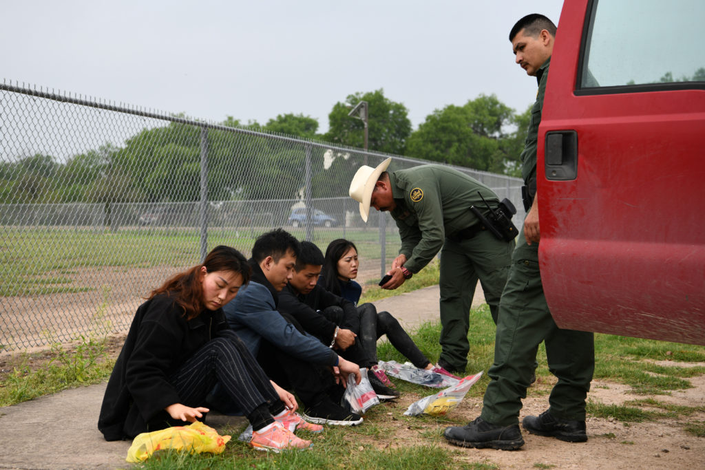 15600 immigrants apprehended in Arizona's border sectors in March
