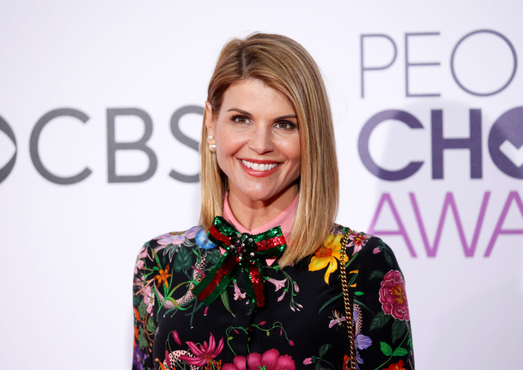 FILE PHOTO: Actress Lori Loughlin arrives at the People's Choice Aw…