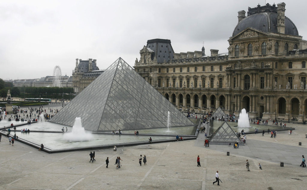 I.M. Pei, Louvre Pyramid Architect, Dies at Age 102