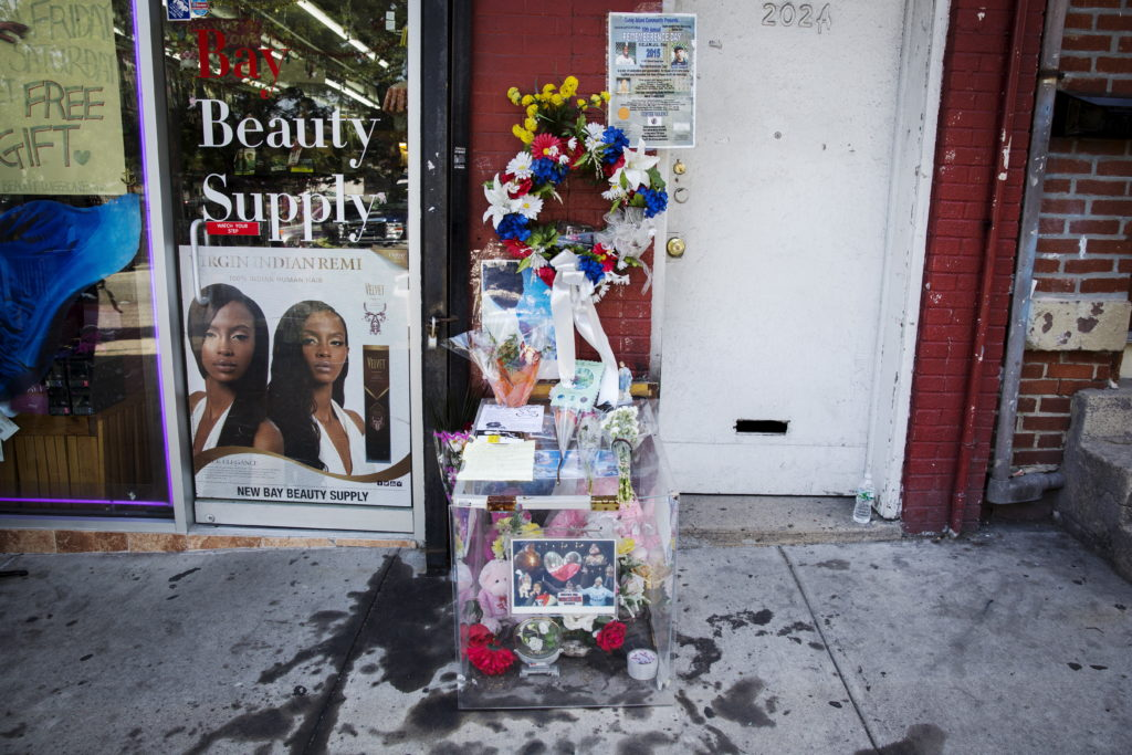 Officer testifies he inflated charge against Eric Garner after his death