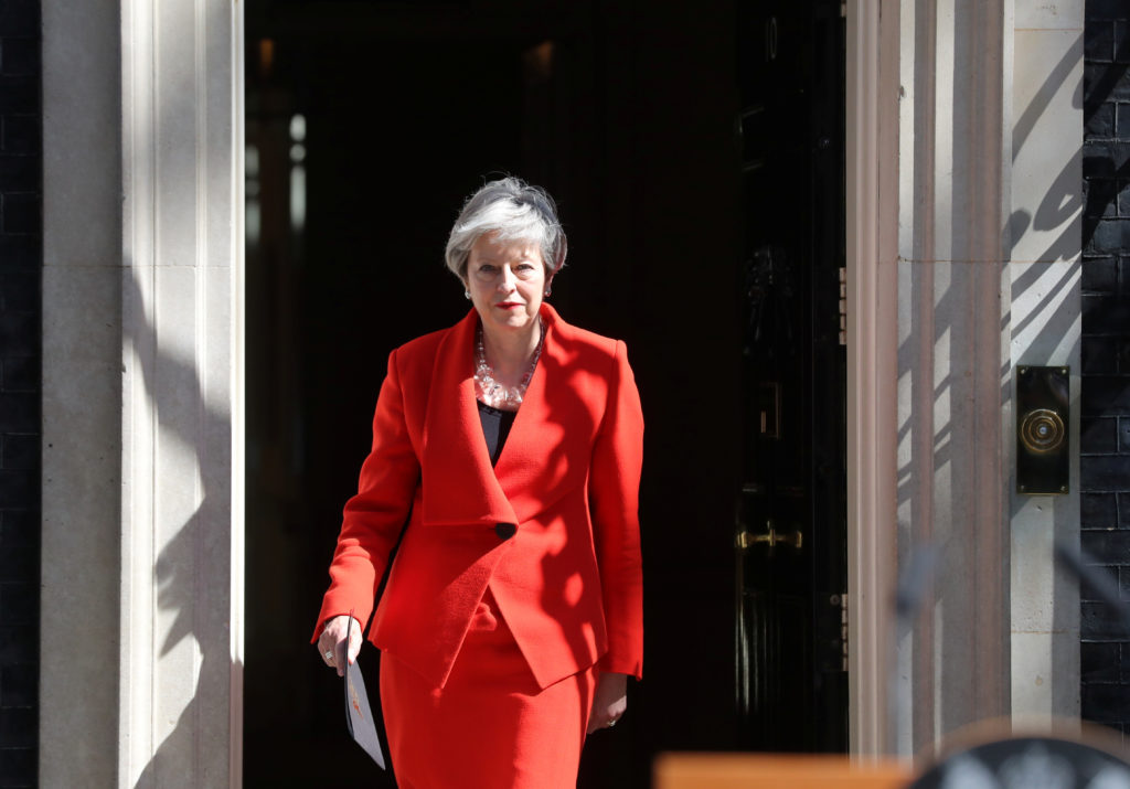 Theresa May to step down as UK prime minister June 7
