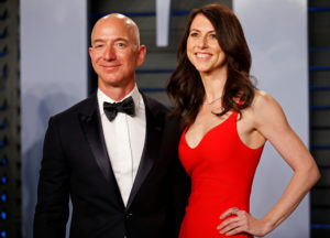 Amazon CEO Jeff Bezos and his then-wife MacKenzie Bezos at the 2018 Vanity Fair Oscar Party. The couple divorced earlier this year. Photo by Danny Moloshok/Reuters
