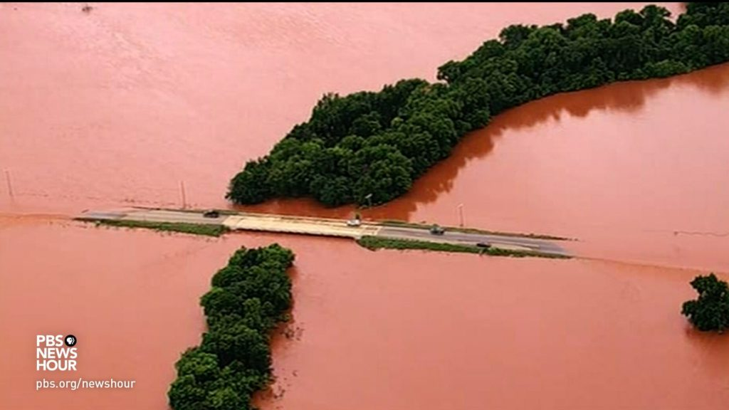 News Wrap: Severe storms cause flooding, damage in Southern Plains states