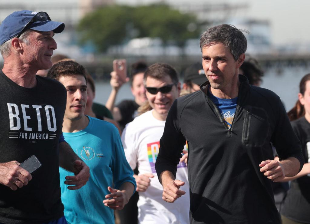 Democratic 2020 U.S. presidential candidate Beto O'Rourke jogs a 2 …