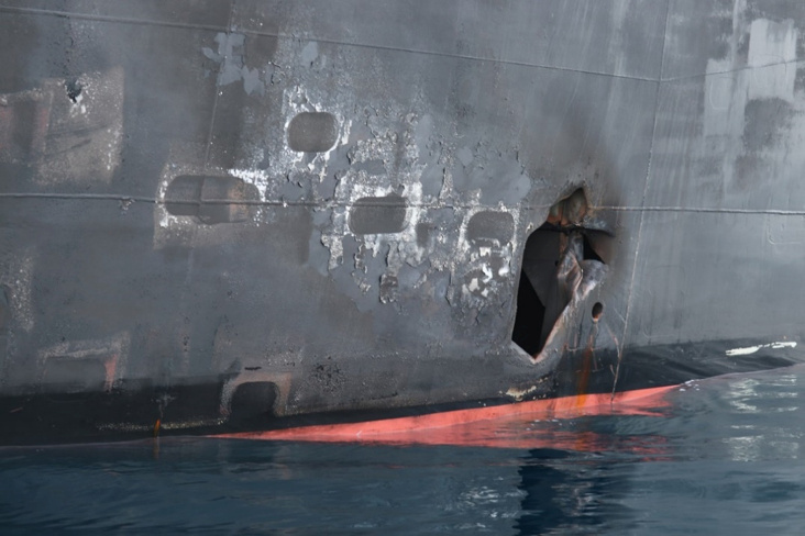 A U.S. military image released by the Pentagon in Washington on June 17 shows what the Navy says is hull penetration and blast damage on the starboard side of the Japanese owned motor tanker vessel Kokuka Courageous, which was sustained from a June 13 limpet mine attack while operating in the Gulf of Oman and photographed by the U.S. military the following day on June 14, 2019. Photo courtesy: U.S. Navy/Handout via Reuters