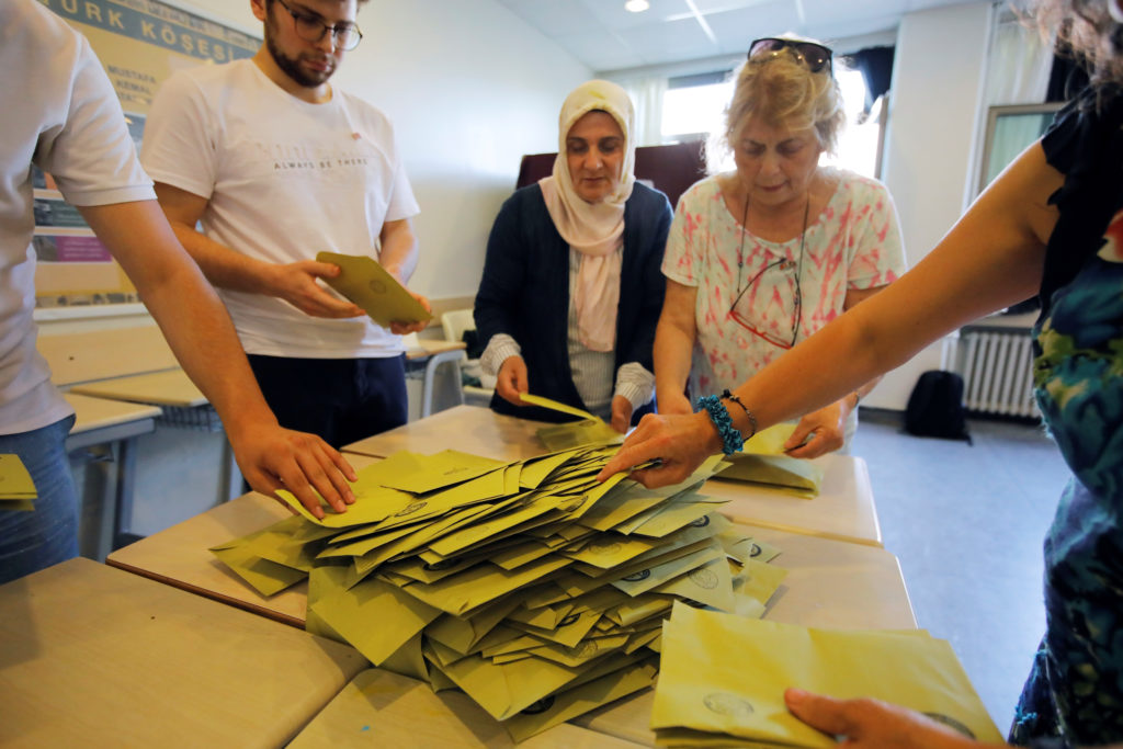 Istanbul votes for mayor again in test for Turkey, leader