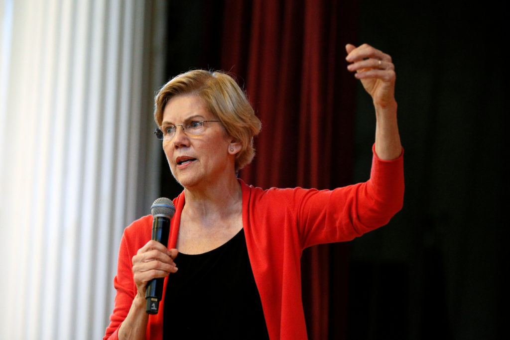 Democratic 2020 U.S. presidential candidate Sen. Elizabeth Warren s…