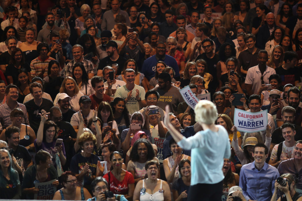 U.S. Democratic presidential candidate Elizabeth Warren speaks at a Town Hall in Los Angeles, California, U.S., August 21, 2019. REUTERS/Lucy Nicholson