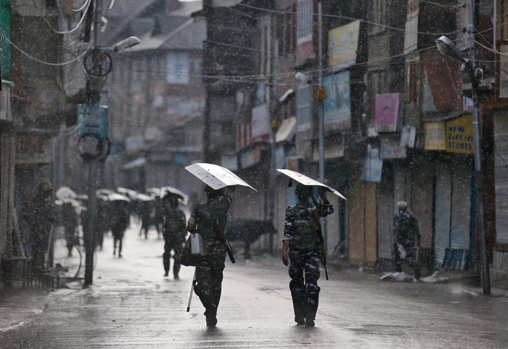 How India's revoking of autonomy for Kashmir could lead to increased violence