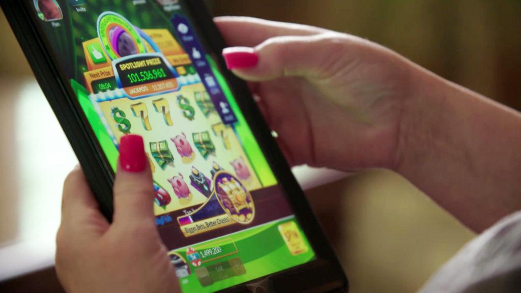 How social casinos leverage Facebook user data to target vulnerable gamblers